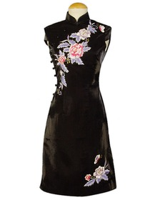 Stunning Floral Embroidered Cap Sleeve Silk Crepe Satin Wedding Cheongsam