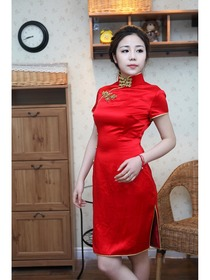 Mandarin Collar Gourd Button Knee-length Silk Crepe Satin Traditional Cheongsam