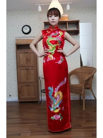 Red Traditional Mandarin Collar Floor Length Silk Brocade Embroidery Cheongsam