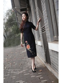 Deep Blue Mandarin Collar Knee Length Half Sleeves Woolen Normal Cheongsam