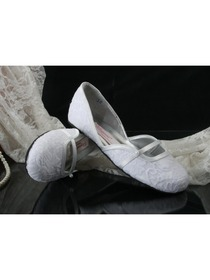 Comfortable Closed Toe Flats Lace Wedding Bridal Shoes