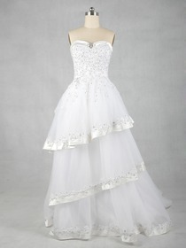 Elegant A-Line Sweetheart Tiered Court Train Satin Netting Wedding Dress (Y11110)