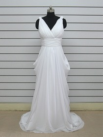 Pencil V-Neck Sleeveless Chiffon Ruched Wedding Dress (Mali)