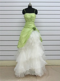 Green A-Line Tiered Spaghetti Strap Floor-length Taffeta Organza Prom Dress