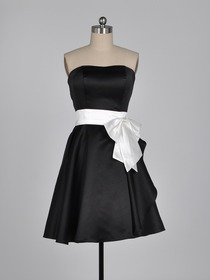 Black Sweetheart Cocktail Length Satin Bridesmaid Dress With Ribbon