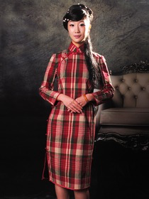 Red and Green Checks Pattern Woolen Long Sleeves Cheongsam