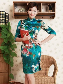 Elegant Teal Knee-length Half Sleeves Flower Pattern Silk Satin Cheongsam